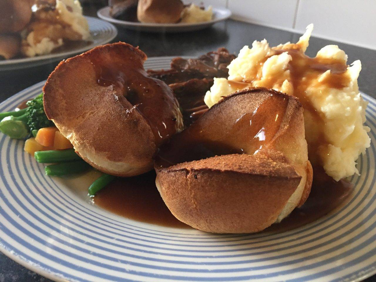 silver-bay-holiday-village-anglesey-roast-dinner-recommendations-1280x960.jpg