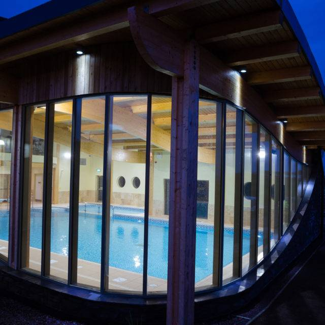 https://silverbay.co.uk/wp-content/uploads/2016/12/Silver-Bay-Spa-and-Leisure-Complex-View-from-the-Outside-3-640x640.jpg