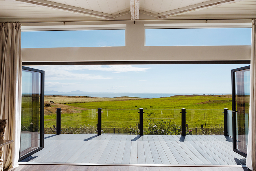 headland-rise-outdoor-space-anglesey-north-wales-lodges-holiday-homes.png