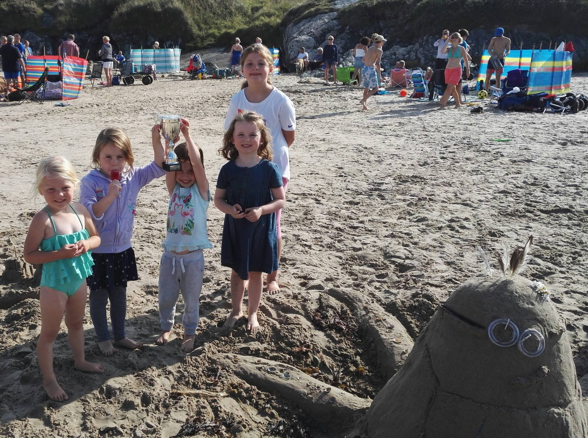 silver-bay-holiday-village-anglesey-busy-bayers-beach-winner.