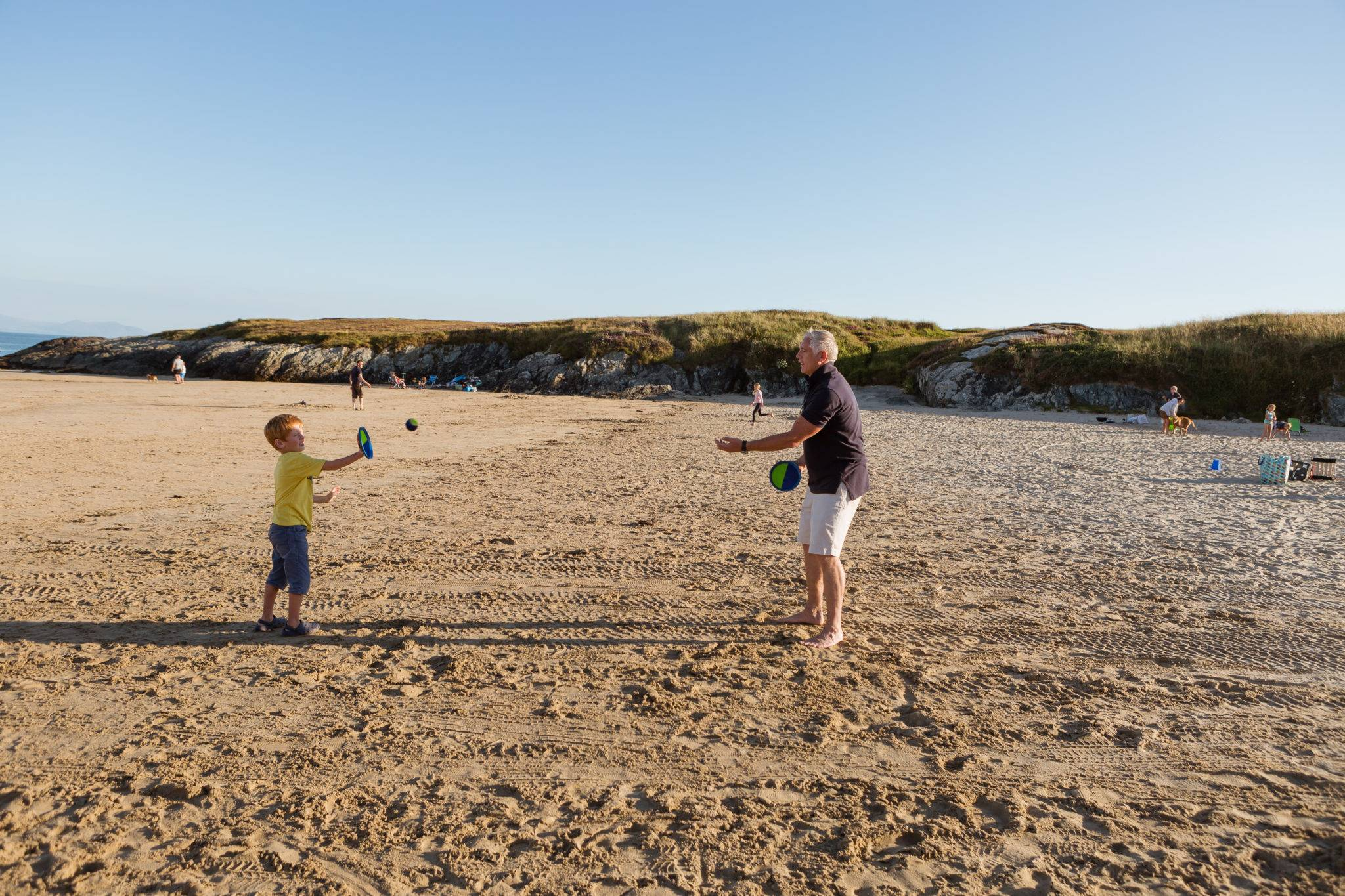silver-bay-holiday-village-anglesey-busy-bayers-stick-ball