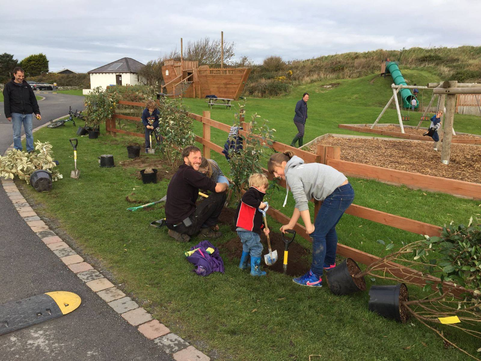 silver-bay-holiday-village-anglesey-busy-bayers-tree-planting