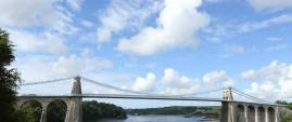 http://silverbay.co.uk/wp-content/uploads/2016/12/silver-bay-holiday-village-anglesey-menai-bridge-1280x540.jpg