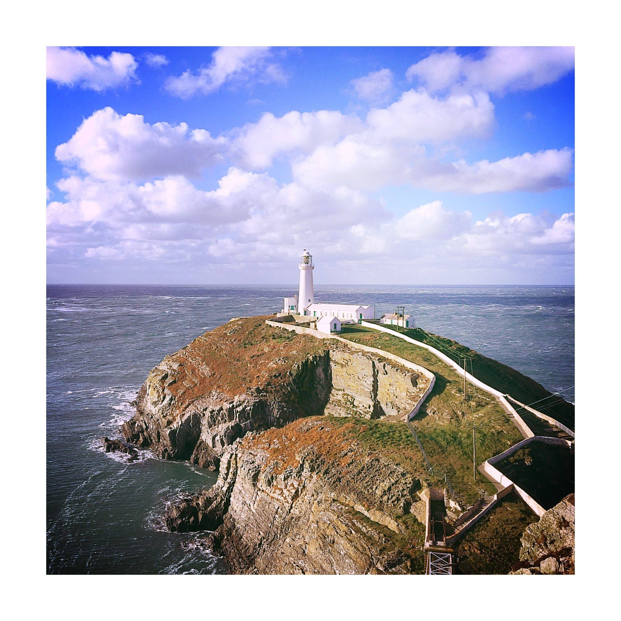 silver-bay-holiday-village-anglesey-southstak-lighthouse
