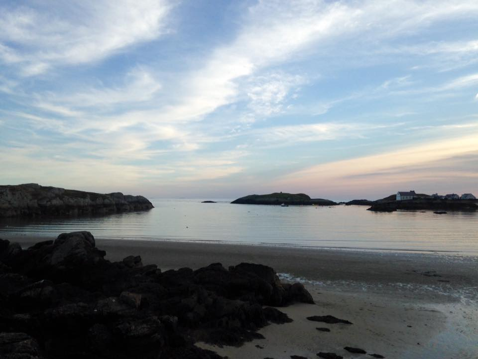 silver-bay-holiday-village-anglesey-sunset-beach-evening.jpg