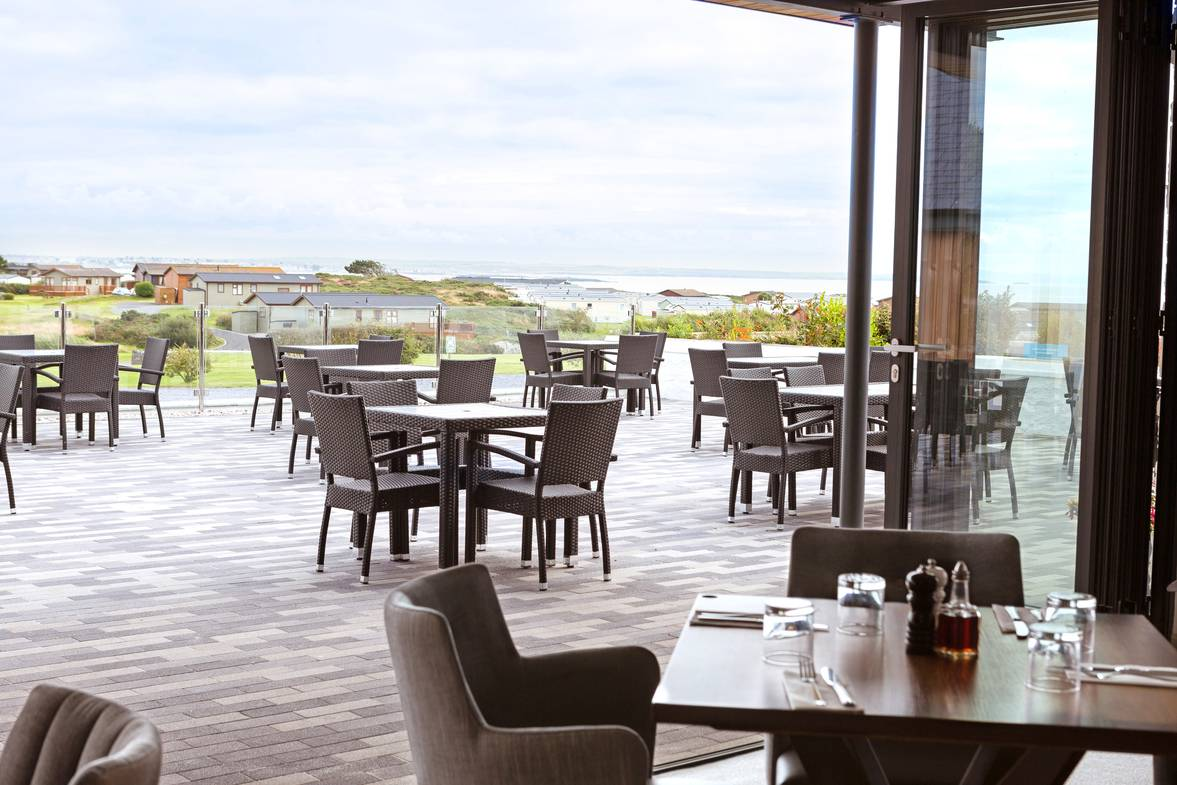 silver-bay-holiday-village-anglesey-the-deck house-decking-and-restaurant