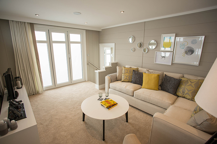 http://silverbay.co.uk/wp-content/uploads/2016/12/silver-bay-holiday-village-luxury-lodges-anglesey-vista-lounge-area-livingroom.jpg