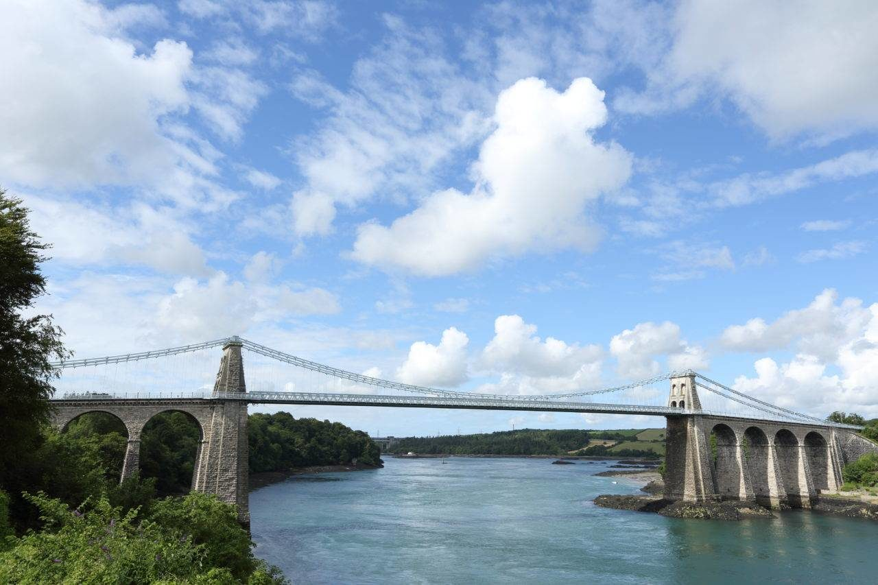 silver-bay-holiday-village-anglesey-menai-bridge-1280x853-min-1280x853.jpg