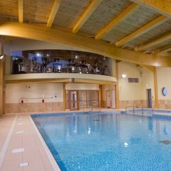 Silver Bay Spa and Leisure Complex - Fitness Centre overlooking swimming pool
