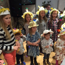silver-bay-holiday-village-anglesey-busy-bayer-easter-hats