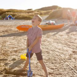 silver-bay-holiday-village-anglesey-busy-bayers-building-sandcastles
