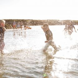 silver-bay-holiday-village-anglesey-busy-bayers-run-splash-beach