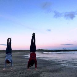 silver-bay-holiday-village-anglesey-headstands-beach