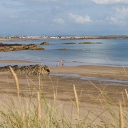 silver-bay-holiday-village-anglesey-sun-and-sand-at-silver-bay-beach