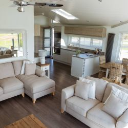 silver-bay-holiday-village-luxury-lodges-anglesey-living-area-dining