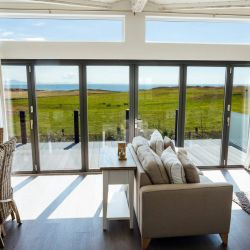 silver-bay-holiday-village-luxury-lodges-anglesey-living-area