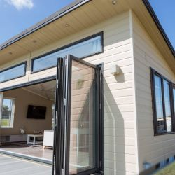 silver-bay-holiday-village-luxury-lodges-anglesey-lodge-bifold-doors