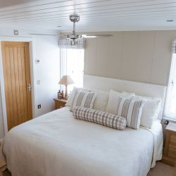silver-bay-holiday-village-luxury-lodges-anglesey-master-bedroom-2